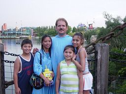 Barrow Family in Disneyworld, Orlando - Best Home Base Business