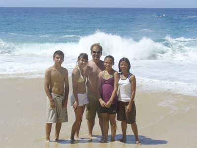 Barrow Family-Matthew, Samantha, Steve, Kayla, Beth in Cabo San Lucas, Mexico – Online Business Magazines