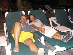 Beth & Steve Barrow relaxing in Cabo San Lucas, Mexico - Building a home Internet business